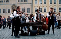 Street, musicians, at, old, town, square, Prague, Czechia