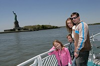 Family of four, Statue of Liberty