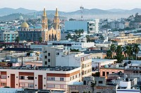 MEXICO-Sinaloa State-Mazatlan: Old Mazatlan & Cathedral / Dawn