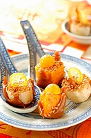 caramelized fruits with sesame seeds