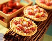 Raspberry and lemon tartlets
