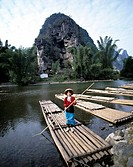 Raft, Female, Guilin, China
