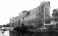 Newark_on_Trent, the Castle 1895