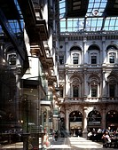 THE ROYAL EXCHANGE, CORNHILL, LONDON, EC2 MOORGATE, UK, FITZROY ROBINSON, INTERIOR, SHOP FRONTS AND BAR
