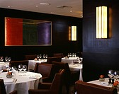 CECCONI'S RESTAURANT, 5A BURLINGTON GARDENS, LONDON, W1 OXFORD STREET, UK, GBH COMMUNICATIONS, INTERIOR, CROSS VIEW TABLE SEATING TO ART