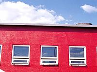 Windows and red wall (thumbnail)