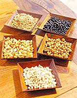 Bean, grain, pea and corn kernel