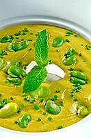 Cream of broad bean soup