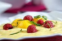 Mango and yoghurt mousse