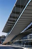 Architekt: Prof. Schneider_Esleben