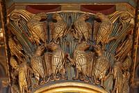 Romanisches Kapitell im Langhaus