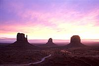 USA _ National Park _ Monument Valley _ Sunrise