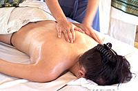 Spa - Body massage (thumbnail)