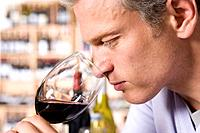 Man wine tasting (thumbnail)