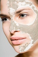 Woman with mask on her face (thumbnail)