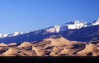 USA Colorado Great Sand Dunes National Park sand dunes with Sangre de Cristo Mountains in the background
