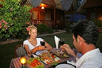 Mate, vacation, meal, drinking, restaurant, outside, evening,