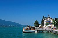Germany, Europe, Bavaria, Tegernsee, Rottach_Egern, lake, tourist boat, mountains, landing stage, passengers, Europe,