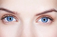 Close_up of woman's eyes