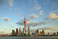 Skyline Pudong, Stadtsilhouette Pudong, Huangpu River, Fluss, Pearl Orient Tower, TV Tower, Jinmao, aus: Mythos Shanghai, Shanghai, Sachbuch, Bildband...