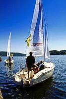Sailing boats on Baldeney Lake, Essen, Ruhr Valley, Ruhr, North Rhine Westphalia, Germany