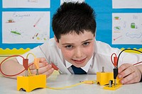 Boy in science lesson (thumbnail)