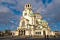 Sofia, capital of Bulgaria, orthodoxe Alexander-Newski-Cathedral, golden cupolas, Bulgaria