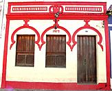pernambuco red and white facade color of a house