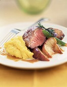 duck breast with mashed potatoes and apples