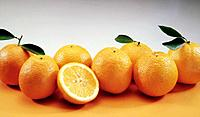 some oranges natural fruits on a table