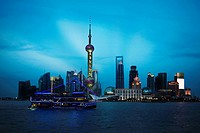 Buildings at the waterfront, Oriental Pearl Tower, Huangpu River, Lujiazui, The Bund, Shanghai, China