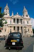 England _ London _ The City _ St Paul's Cathedral