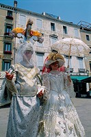 Italy _ Venice _ Masks _ Carnival _ dressing_up _ white and gilding