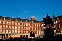 Spain _ Madrid _ Plaza Mayor _ Statue of King Philip III _ large square