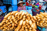 Vietnam _ The South _ The Delta of Mekong _ Can Tho Region _ Phung Hiep Market _ French_style bread