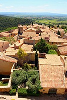High angle view of houses in town, Le Barroux, Vaucluse, Provence_Alpes_Cote d´Azur, France