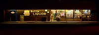 USA, California, liquor store
