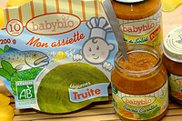 ORGANIC FOOD Organic baby food.