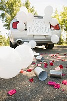 Car decorated for wedding