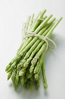 A bundle of green asparagus (thumbnail)