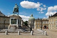 Equestrian statue in front of Amalienborg Royal Palace and Frederik´s Church or the Marble Church, Copenhagen, Denmark, Scandinavia, Europe