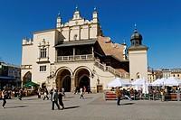 Sukiennice Cloth Hall on the Rynek Krakowski, Main Market Square, UNESCO World Heritage Site, Kraków, Poland, Europe
