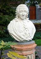 Bust of Carl Linnaeus 1707_1778, Swedish botanist and taxonomist. Linnaeus is considered the founder of modern taxonomy. In 1735, he published Systema...