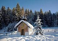 Lueftlmalerei (religious facade paintings) on a chapel with Christmas tree, Elmau near Klais, Mittenwald, Upper Bavaria, Germany, Europe