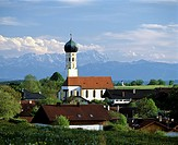 Parish church Muensing, Alps panorama, Wetterstein mountain range, Upper Bavaria, Germany