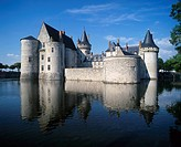 France, Europe, Chateau de Sully sur Loire, Loire Valley, river, Loiret, French, medieval, historical, architecture, b