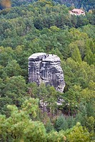 Rock climbers on the summit of the Nonne Rocks, Elbe Sandstone Mountains, Saxon Switzerland, Saxony, Germany