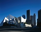 Walt Disney Concert Hall, Downtown Los Angeles. Streetscape. Architect: Frank O Gehry and Associates. The Walt Disney Concert Hall is the home of the ...
