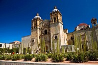 Low angle view of a church, Santo Domingo De Guzman Church, Oaxaca, Oaxaca State, Mexico
