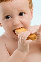 Close-up of a boy eating a toast (thumbnail)